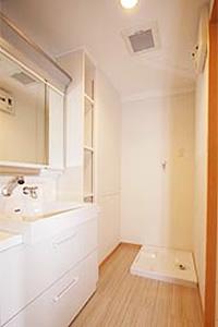 4.広々ユッタリ、洗面化粧室のイメージ